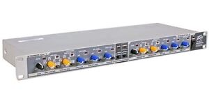 Peavey PV35XO 3 Way Stereo 4/5 Way Rack Mount Mono Electronic Crossover PV 350XO
