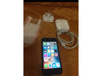 Apple iphone 5 Unlocked 32gb v good condition