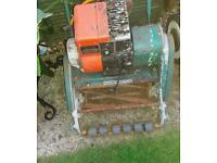 Qualcast Suffolk punch 30 lawn mower