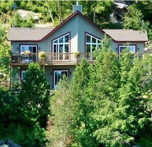 WATERFRONT TREMBLANT REGION FOR RENT -HOLIDAYS