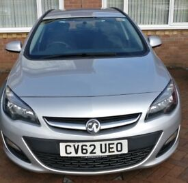 Vauxhall Astra Estate Exclusive 1.7 CDTI 62 plate, Very Good Condition