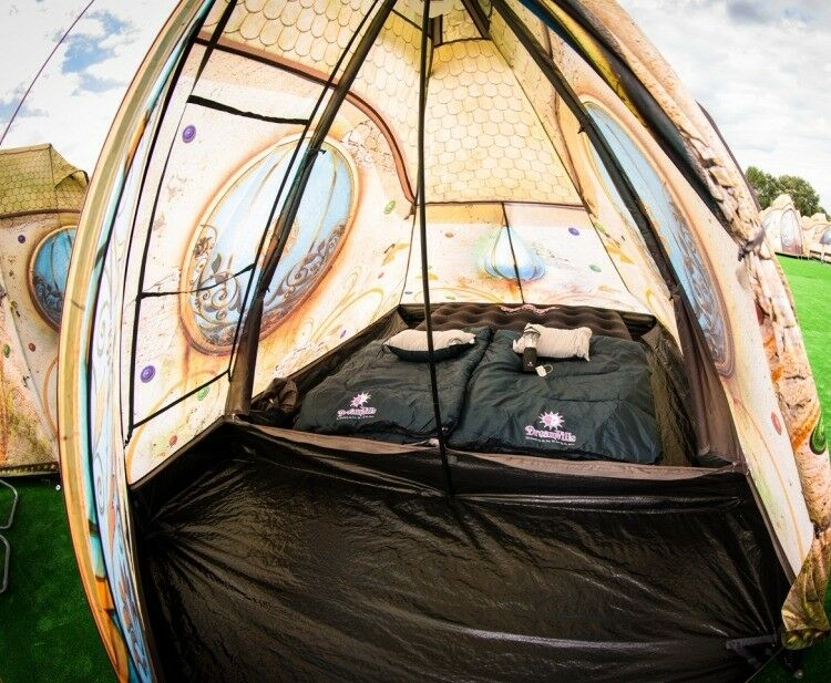 Used Tomorrowland 2 Person Easy Tent + Air Mattress + 2x Sleeping Bags & Used Tomorrowland 2 Person Easy Tent + Air Mattress + 2x Sleeping ...
