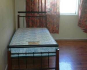 Clean large secure key lockable room Pet Friendly bills included Carramar Fairfield Area Preview