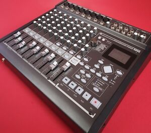 Korg D888 Digital Audio Multi Track Recorder