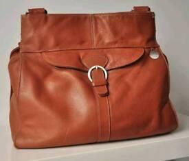 Leather pacapod
