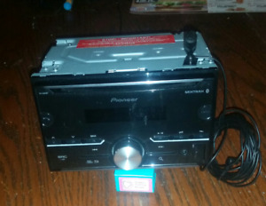 Pioneer Bluetooth Double Din Sized Receiver $100