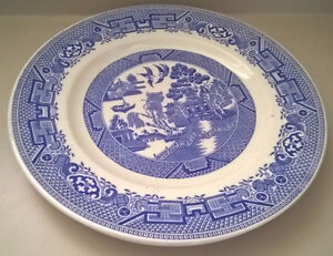 "Ridgway Willow North Staffordshire Blue Willow 9"" Dinner Plates"