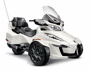 2016 Can Am Spyder RT-S 1330 Triple / Brand New