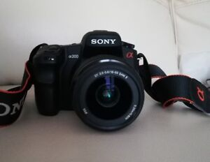 Sony DSLR A200 with DT 18-55mm SAM II lens