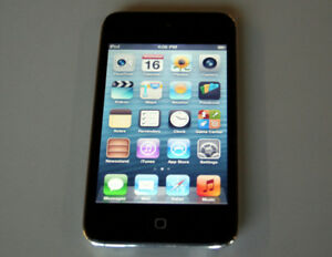 APPLE iPod Touch 4th Gen 8GB Black with Retina Display