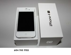 IPHONE 4S 64 GB IN WHITE FOR PART NOLY NOT TURN ON LOOK LIKE NEW