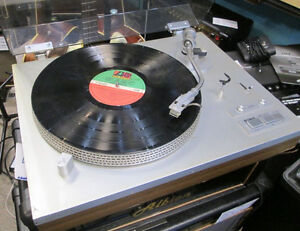 Turntables, styli/cartridges and vinyl at the area's best prices