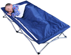 Foldable travel cot for toddler