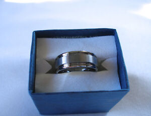 MENS- Tungsten Ring with Matte Center