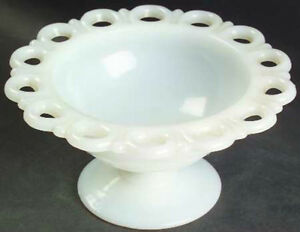 Anchor Hocking Old Colony Lace Edge Pedestal Dish