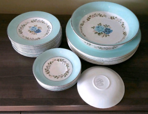 Assiettes vintage Barratts Delphatic White tableware
