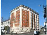 1 BEDROOM FLAT IN PORTERED BUILDING, HEATING + HOT WATER BILLS INCLUDED!