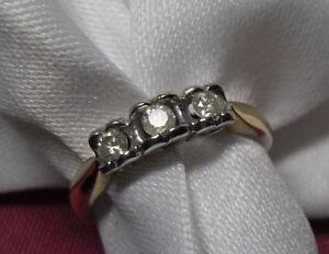 "10kt yellow gold ""Trinity Diamond"" Engagement Ring - Size 7"