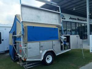 2011 Camper Trailer - Pacific Signature