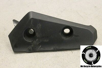 2011 TRIUMPH SPEED TRIPLE 1050 FRONT RIGHT SIDE COVER MUD GUARD 230652