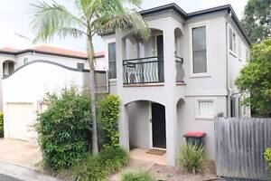 Rare 200SQM BIG Townhouse & Great Location Calamvale Brisbane South West Preview