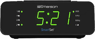 Emerson SmartSet Alarm Clock Radio with AM/FM Radio, Dimmer, Sleep Timer and .9