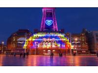 Looking for folk to go to Blackpool