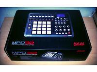 Akai MPD32 Drum Machine (BRAND NEW)