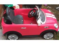 KIDS BATTERY POWERED MINI COOPER CAR