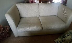 4 seater & 2 seater sofa