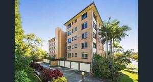 Huge unit in the heart of Coorpraoo Coorparoo Brisbane South East Preview