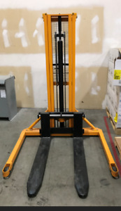 Manual Hydraulic Forklift for Sale
