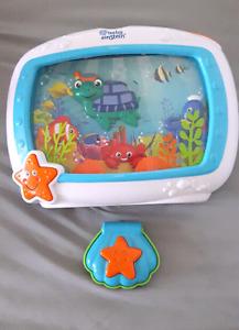 Baby Einstein mobile aquarium