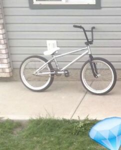 2015 haro midway 20 inch bmx looking to trade for a dirt jumper