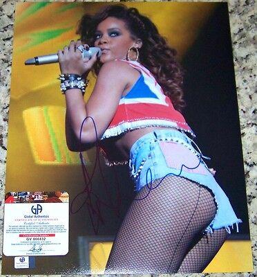 Rihanna RiRi Signed Autographed Auto 11x14 Photo Global GAI GA GV COA!