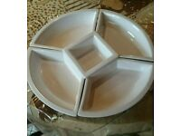 Rotating serving dish