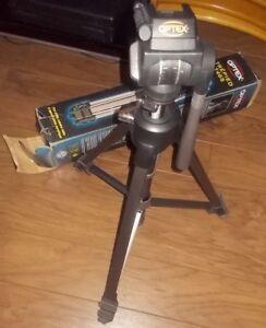 Trepieds pour cameras - camera tripods , neufs, new