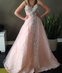 Beautiful Sparkly Light Pink Prom Dress