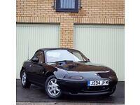 Mazda MK1 MX5 Eunos Roadster 1.6 V-Special Brilliant Black