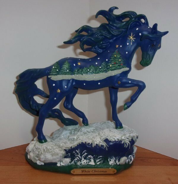 TRAIL OF PAINTED PONIES 2018 WHITE CHRISTMAS-NEW