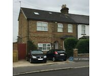 1 bedroom flat in Hatton Road, Bedfont, TW14 (1 bed) (#976989)