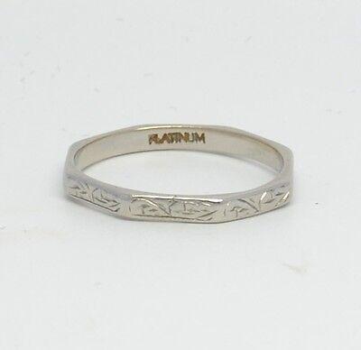 Pretty Vintage Platinum Engraved Wedding Band Ring