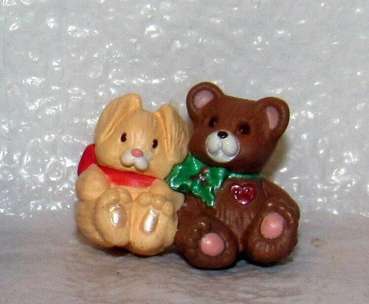 Hallmark Keepsake Miniature Ornament 1994 Friends Need Hugs Bears Red Heart
