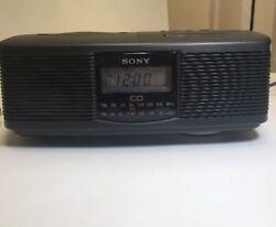 Sony ICF-CD810 Stereo CD Player Digital Dual Alarm Radio AM FM TESTED - WORKS!