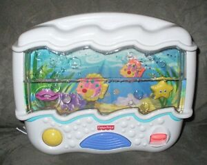 fisher price crib toy with new batteries and 10 day warranty!!!! London Ontario image 2