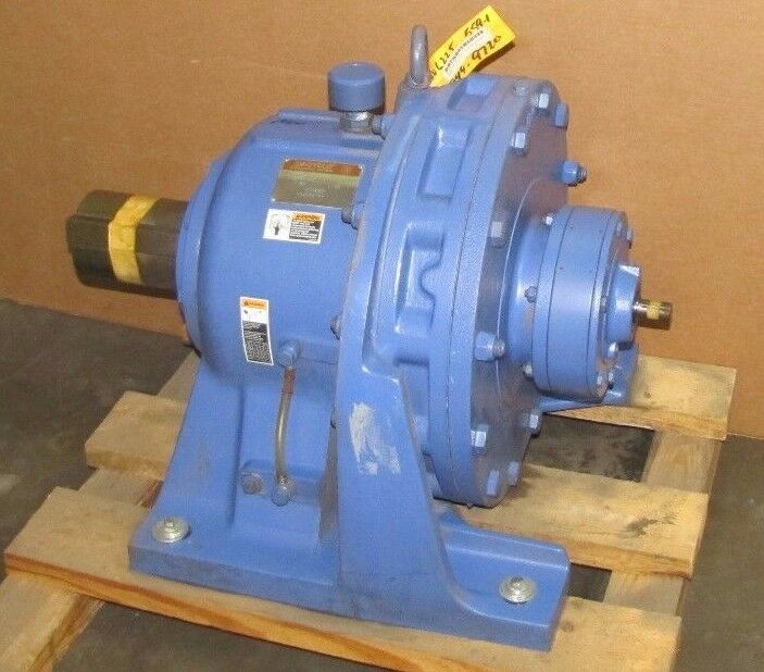 SUMITOMO CHHS-6225DAY-559 SM-CYCLO 559:1 RATIO SPEED REDUCER GEARBOX NEW