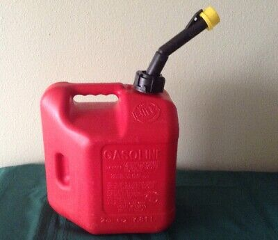 Vintage Blitz pre ban 2 gallon 6 ounce gas can model # 50810