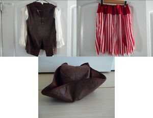 BOY'S OR GIRL'S PIRATE/BUCANEER COSTUME IN SIZE 12-14