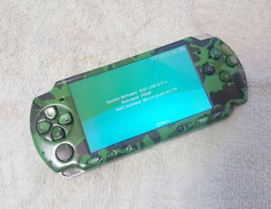 PSP - SLIM 2000 (CUSTOM FIRMWARE PLAYS FREE DOWNLOADABLE GAMES)