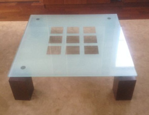 Coffee Table / Table a café